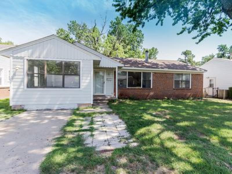 1407 E 53rd St, Tulsa, OK 74105