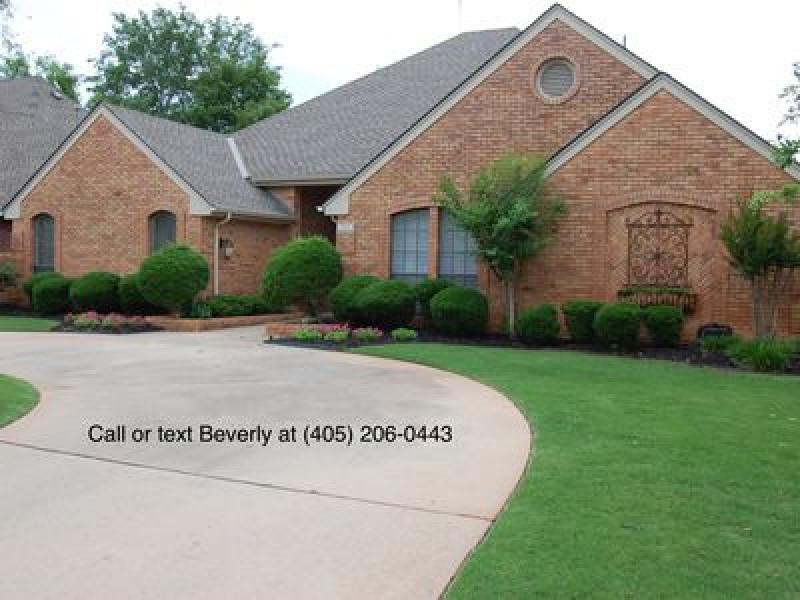 13313 Shady Lane Ct, Oklahoma City, OK 73131