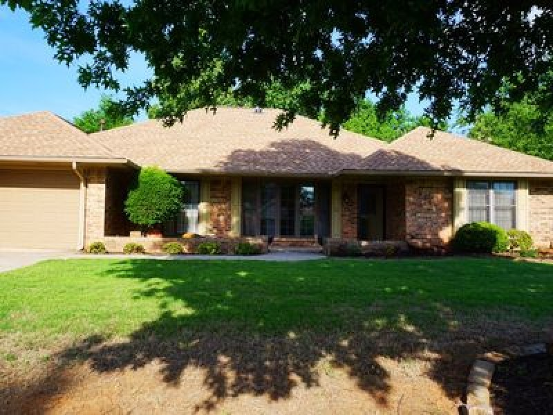 13300 Green Valley Dr, Oklahoma City, OK 73120