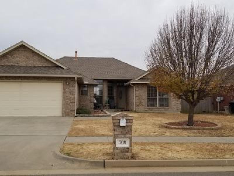 708 SW 161st St, Oklahoma City, OK 73170