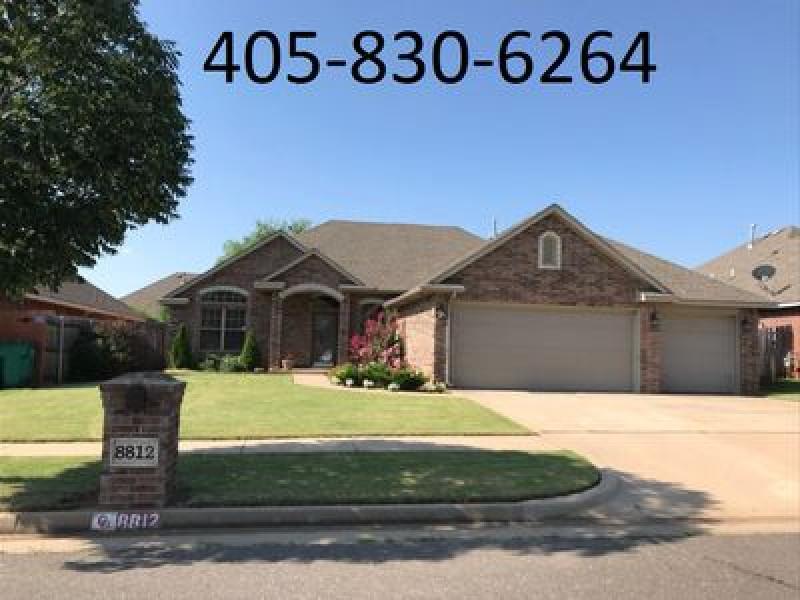 8812 NW 114th Cir, Oklahoma City, OK 73162
