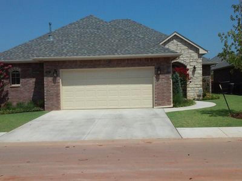 10220 Bald Cypress Dr, Oklahoma City, OK 73120