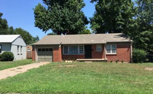 2671 S Oswego Pl, Tulsa OK 74114