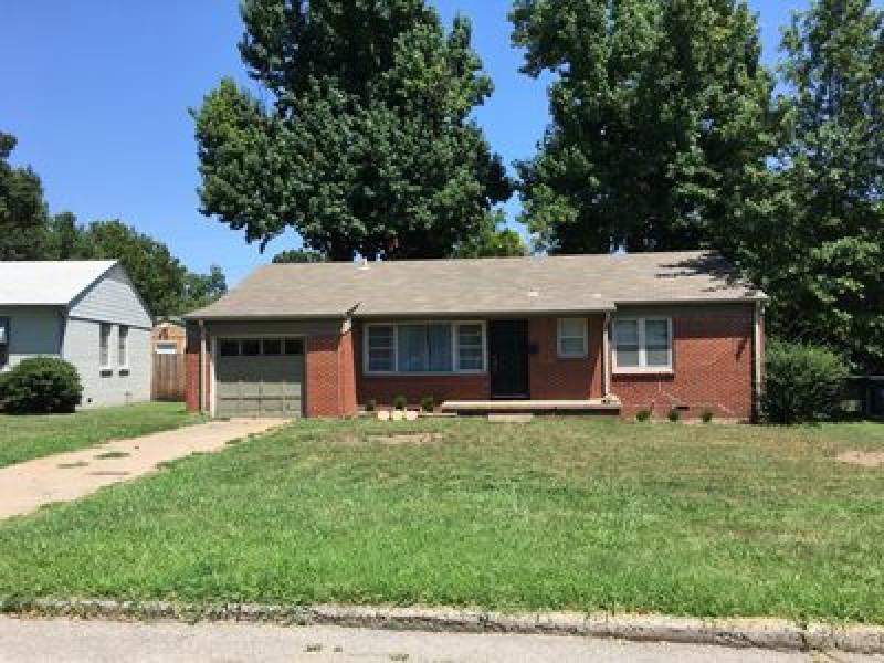 2671 S Oswego Pl, Tulsa, OK 74114
