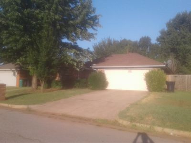 17013 Crest Valley, Edmond, OK 73012