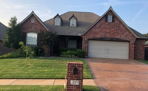 309 E 113th St S, Jenks OK 74037