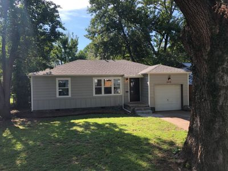 3912 S Madison Ave, Tulsa, OK 74105