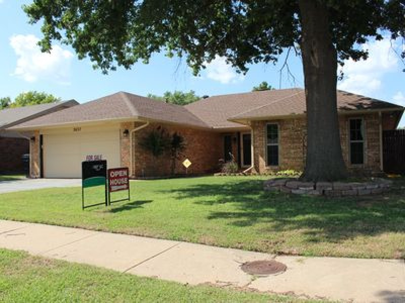 2637 SW 95th St, Oklahoma City, OK 73159