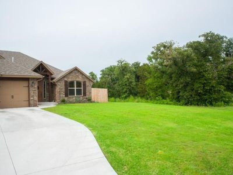 12813 Jones Station Rd, Jones, OK 73049