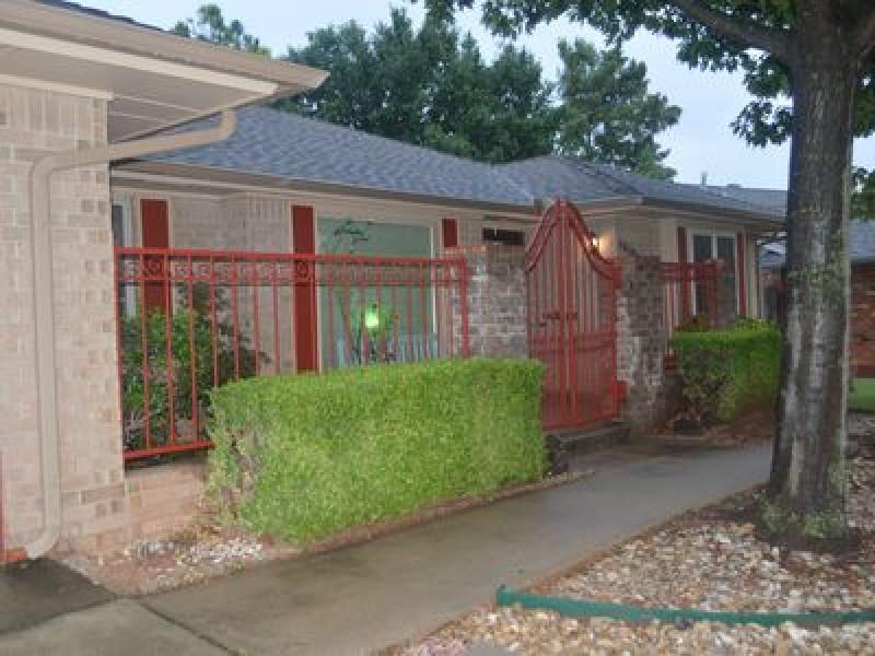 10100 Midfield Cross St, Oklahoma City, OK 73159