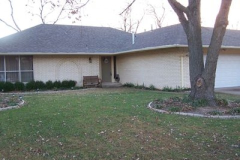 2601 W Canton Pl, Broken Arrow, OK