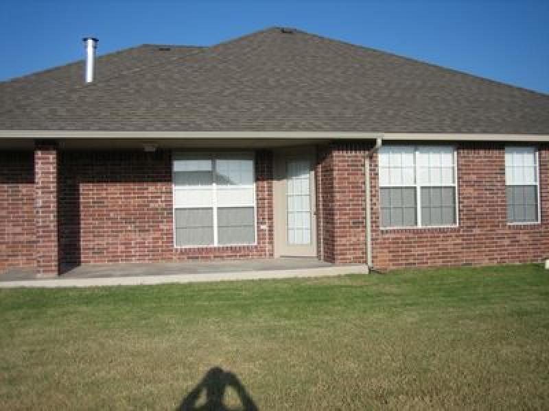 3817 Amadeus Ave, Harrah, OK 73045