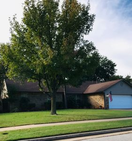 3108 Talon Rd, Edmond, OK 73013