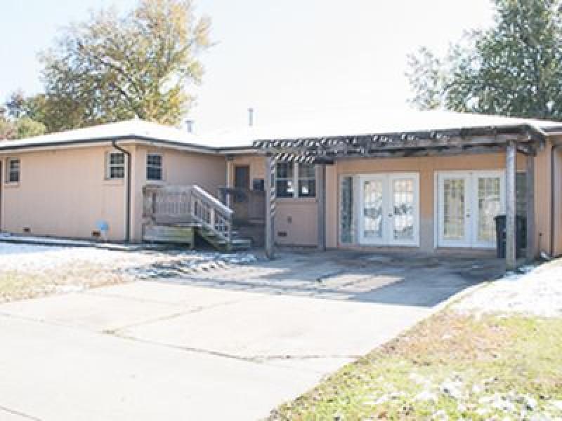 10932 E 4th St, Tulsa, OK 74128