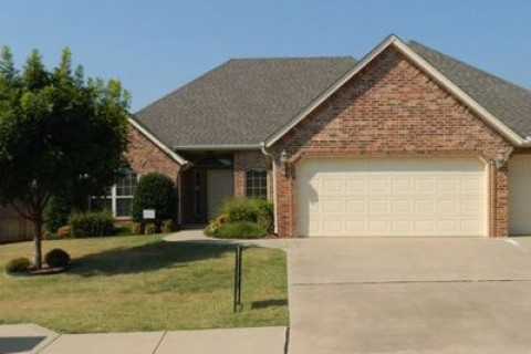 11913 Gwendolyn Ln, Oklahoma City, OK