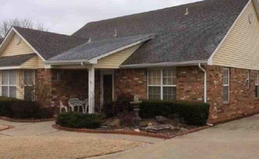 9019 N Timberview Dr, Midwest City OK 73130