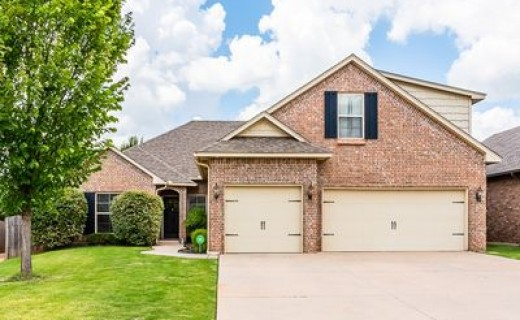 19113 Pinehurst Trail Dr, Edmond OK 73012